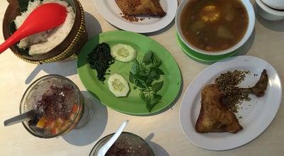 Photo of Fried Chicken Joint Ayam Goreng Kampung Kali at Kampung Kali, Semarang, Indonesia