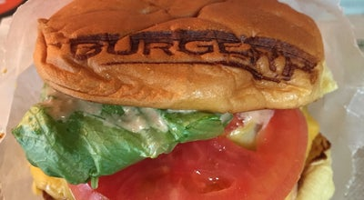 Photo of American Restaurant BurgerFi at 147 Soundings Ave, Jupiter, FL 33477, United States