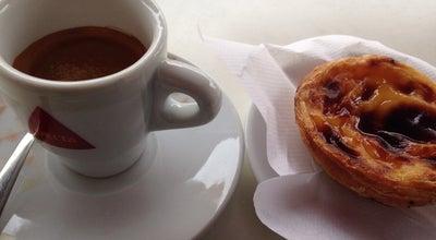 Photo of Cafe Dom Café at Quinta Do Borel, Amadora, Portugal