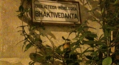 Photo of Indian Restaurant Bibliothe at Via Celsa 4, Rome 00186, Italy