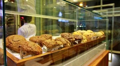 Photo of Coffee Shop Mugg & Bean at Capital Plaza - Sofitel Hotel, Abu Dhabi, United Arab Emirates
