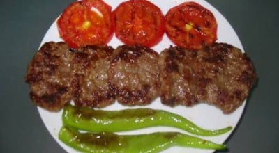 Photo of BBQ Joint Yozgat Köftecisi at Cumhuriyet Meydanı Saat Kulesi Karsisi, Yozgat, Turkey