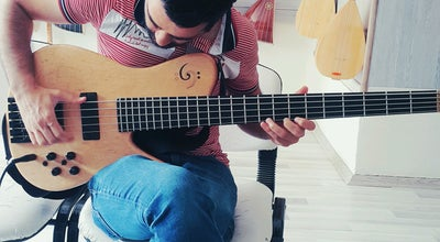 Photo of Music Venue Serenad Müzik Kursu at Ekinciler Cad. Ocak Eczanesi Üstü Aksu 2, Diyarbakır 21100, Turkey