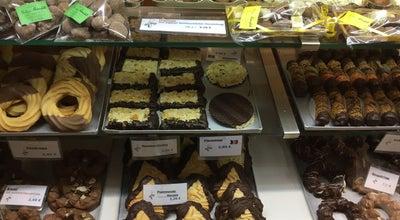 Photo of Bakery Konditorei Rönnfeld at Hein-hoyer-str. 52, Hamburg 20359, Germany