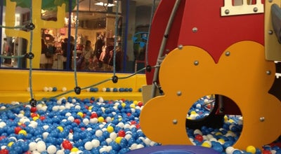 Photo of Toy / Game Store ボーネルンドあそびのせかい ららぽーとTOKYO-BAY店 at 浜町2-1-1, 船橋市 273-0012, Japan
