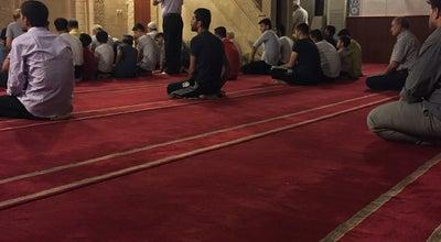 Photo of Mosque Merkez Camii Şerif at Özgürlük Meydanı, Kızıltepe/ Mardin, Turkey