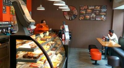 Photo of Burger Joint The Bread and Coffee at R. Coronel Soeiro De Brito, 34a, Caldas da Rainha 2500, Portugal