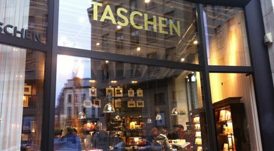 Photo of Bookstore Taschen at Rue Lebeaustraat 16-18, Brussels 1000, Belgium