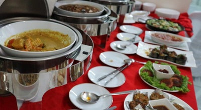 Photo of Vegetarian / Vegan Restaurant Live Life! Vegetarian Food at 2240 Chino Roces Ave., Makati City, Philippines