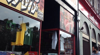 Photo of Record Shop Vinyl Villains at 5 Elm Row, Edinburgh EH7 4AA, United Kingdom