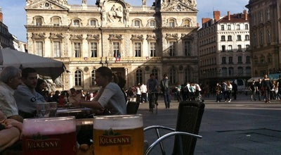Photo of Pub Boston Tavern at 8 Place Des Terreaux, Lyon 69001, France