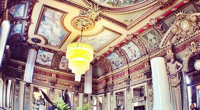 Photo of French Restaurant Bibent at 5 Place Du Capitole, Toulouse 31000, France