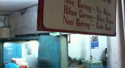 "Photo of Ramen / Noodle House Mie Goreng ""Putra Barnas"" at Jl. Jend. Amirmachmud, Cimahi, Indonesia"