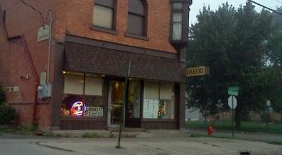 Photo of Donut Shop Hinkley Bakery at 700 S Blackstone St, Jackson, MI 49203, United States