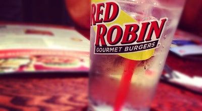 Photo of Burger Joint Red Robin Gourmet Burgers at 1035 Dana Dr, Redding, CA 96003, United States