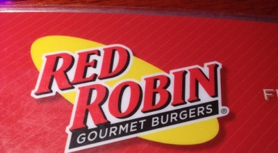 Photo of Burger Joint Red Robin Gourmet Burgers at 2671 Fairfield Commons Blvd, Beavercreek, OH 45431, United States