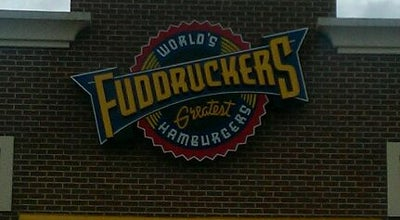 Photo of Burger Joint Fuddruckers at 44036 Pipeline Plaza, Ashburn, VA 20147, United States