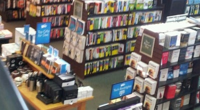 Photo of Bookstore Barnes & Noble at 395 State Rt 3, Clifton, NJ 07014, United States