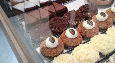 Photo of Bakery Bakkerij Van de Perre at Bijlstraat 83, Beveren 9120, Belgium