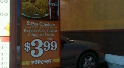 Photo of Fried Chicken Joint Popeye's Chicken Maywood at 1019 W Roosevelt Rd, Maywood, IL 60153, United States