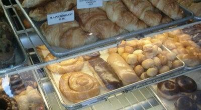 Photo of Vietnamese Restaurant Les Croissants at 2 California St, San Francisco, CA 94111, United States
