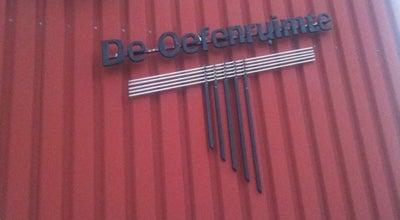 Photo of Music Venue De Oefenruimte (Eindhoven) at Doornakkersweg 16c, Eindhoven 5642MP, Netherlands