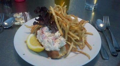 Photo of Seafood Restaurant Mary's Fish Camp at 246 W 4th St, New York, NY 10014, United States