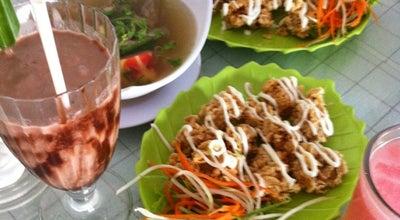 Photo of Cafe Oemah Daun Cafe & Resto at Jl. Wahid Hasyim No. 103, Banyumas, Indonesia