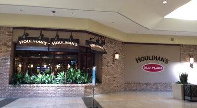 Photo of American Restaurant Houlihan's at 5732 W Saginaw Hwy, Lansing, MI 48917, United States