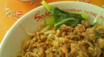 Photo of Chinese Restaurant Bakmi Permata at Pamulang Permai, Tangerang, Indonesia
