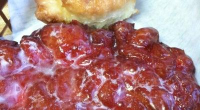 Photo of Donut Shop Donut World at 720 Ne Burnside Rd, Gresham, OR 97030, United States
