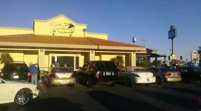 Photo of Italian Restaurant Olive Garden at 6850 W Cheyenne Ave, Las Vegas, NV 89108, United States