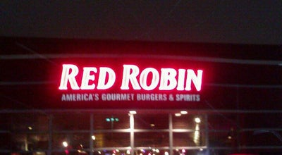 Photo of Burger Joint Red Robin Gourmet Burgers at 1410 Us Highway 41, Schererville, IN 46375, United States