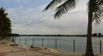 Photo of Lake ทะเลสาบเมืองทองธานี (Muang Thong Thani Lake) at Muang Thong Thani, Pak Kret 11120, Thailand