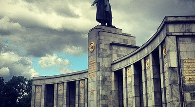 Photo of Monument / Landmark Sowjetisches Ehrenmal Tiergarten at Straße Des 17. Juni, Berlin 10785, Germany