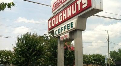 Photo of Donut Shop Krispy Kreme Doughnuts at 300 E 10th St, Greenville, NC 27858, United States