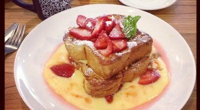 Photo of Breakfast Spot Half & Half at 8135 Maryland Ave, Saint Louis, MO 63105, United States
