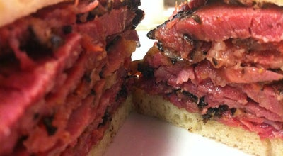 Photo of American Restaurant Katz's Delicatessen at 205 E Houston St, New York, NY 10002, United States