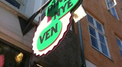 Photo of Cafe Din Nye Ven at Sankt Peders Stræde 34, København K 1453, Denmark