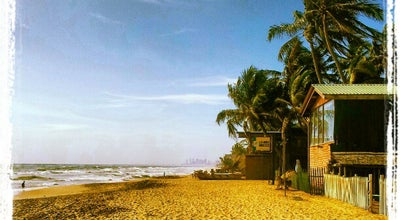 Photo of Beach Mount Lavinia Beach at Beach Rd, Mount Lavinia, Sri Lanka