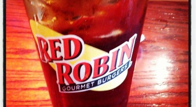Photo of Burger Joint Red Robin Gourmet Burgers at 8425 Northlake Commons Blvd, Charlotte, NC 28216, United States
