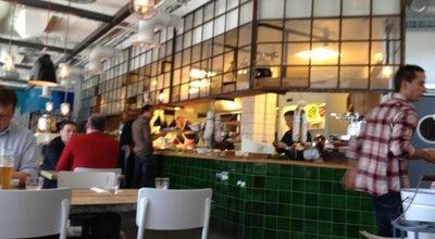 Photo of Italian Restaurant VaiVai at Grüneburgweg 16, Frankfurt am Main 60322, Germany