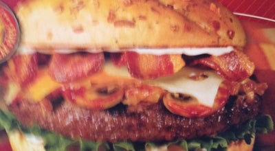 Photo of Burger Joint Red Robin Gourmet Burgers at 1919 Starr Dr, Liberty, MO 64068, United States