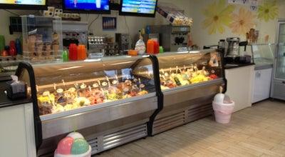 Photo of Ice Cream Shop Crèmerie de l'île at Repentigny, QC, Canada