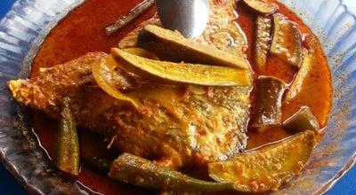 Photo of Asian Restaurant Kedai Asam Pedas Hajah Rahmah at Bkt Katil, Malacca Town 75460, Malaysia