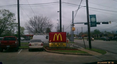 Photo of Fast Food Restaurant McDonald's at 302 S Friendswood Dr, Friendswood, TX 77546, United States