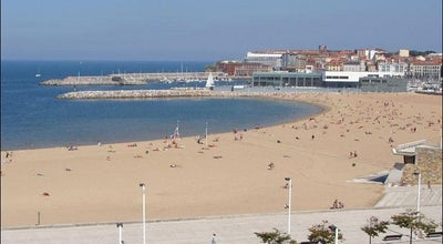 Photo of Beach Playa de Poniente at C. Rodríguez San Pedro, S/n, Gijón 33212, Spain
