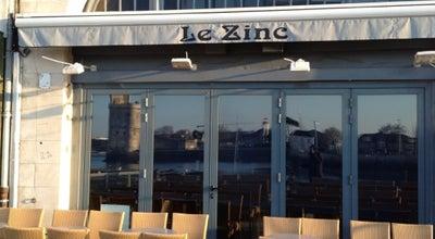 Photo of Bar Café Le Zinc at 12 Quai Duperé, La Rochelle 17000, France
