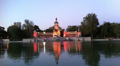 Photo of Lake Estanque del Retiro at Parque Del Retiro, Madrid 28009, Spain