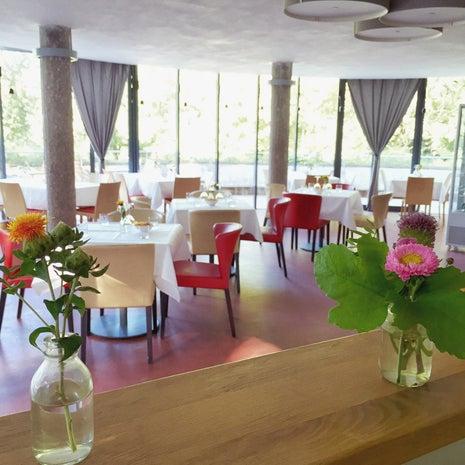 Cafe Und Restaurant Mutz Frankfurt Am Main